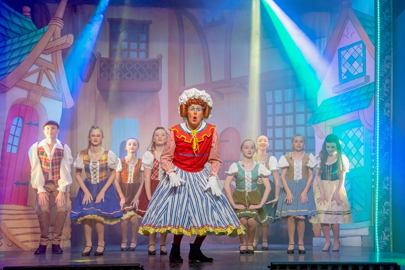 Beccles pantomime. Talented youngsters sought for Snow White pantomime