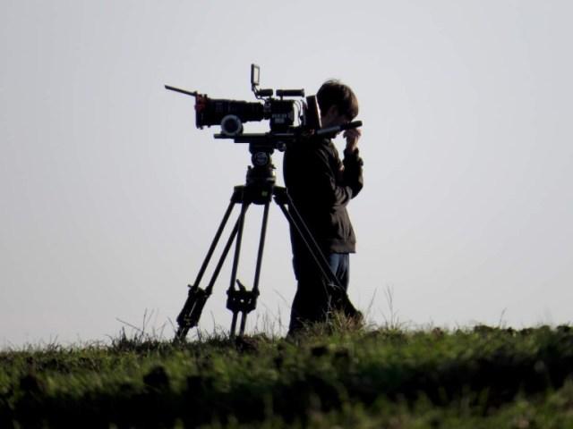 Cinematographer-1391420754_10-768x576