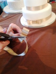 How to make a wedding cake bow Step 5 Cakes by Shelly