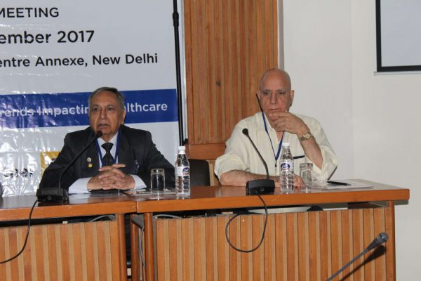 Dr-Ajit-K-Nagpal-and-Dr-Shiban-Ganju-share-the-stage-at-IC-Innovator-Club-firs-meeting-1024x683