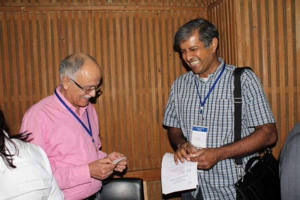 Mr-Ananda-Sengupta-spreads-smiles-at-IC-Innovator-Club-first-meeting-1024x683