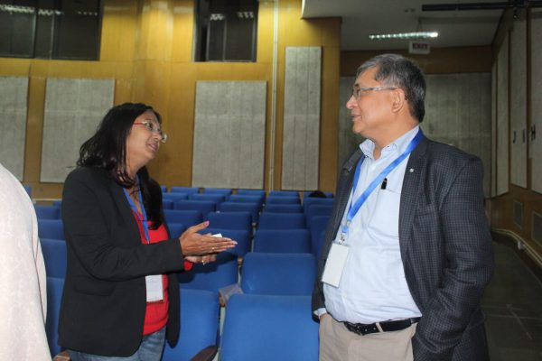 Dr. Shikha Suman and Mr. Mukul Bagga discussing at IC InnovatorCLUB Meeting at IIT Delhi