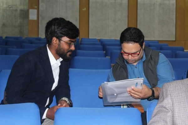 Saketh Venkat and Ashutosh Pastor discussing at IC InnovatorCLUB Meeting at IIT Delhi