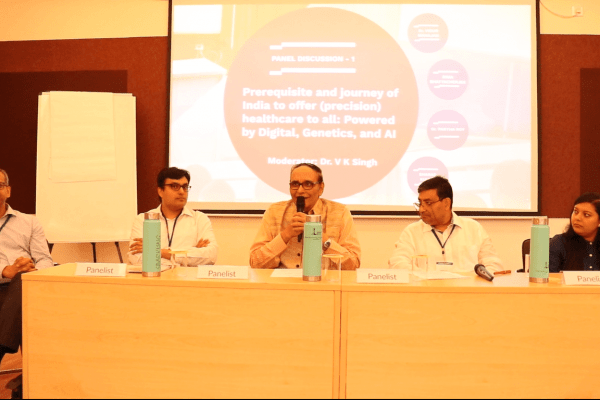 Ananda Sen Gupta, Dr. Vidur Mahajan, Dr. VK Singh, Partha Roy and Rima Bhattacherjee in panel discussion at IC InnovatorClub Meeting