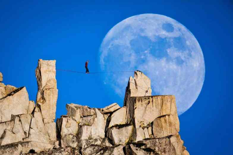 Moonwalk1