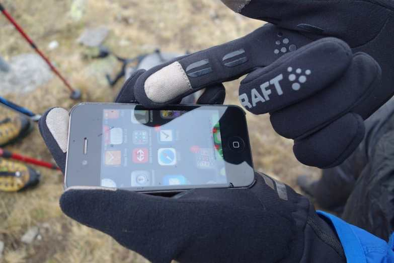 craft hybrid weather gloves 08
