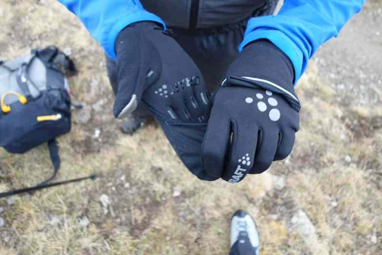 craft hybrid weather gloves 10