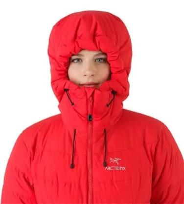 Ceres-Jacket-Women-s-Tamarillo-Hood-Front-View