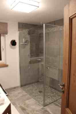 Sonnenhof, Badezimmer_Dusche