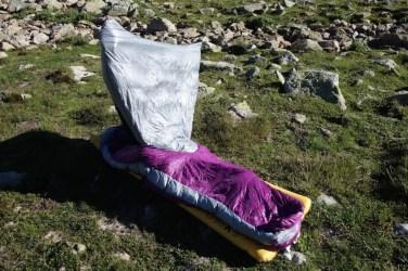 Sierra Designs Backcountry Bed 800 3 Season 11