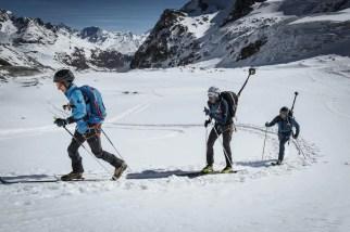 Auf #project360 gibt es nun auch die Strecke des wohl beruehmtesten Skitourenrennens der Welt zu bestaunen: der Patrouille des Glacier von Zermatt nach Verbier (19.04. – 23.04.2016). In zwei 3-er Teams haben sich Mammut Athleten auf den Weg gemacht. Der Mammut Pro Team Athlet Beni Hug, der franzoesische Skibergsteiger Tony Sbalbi und Mammut Athlet Daniel Rohringer haben die 1. Etappe von Zermatt nach Arolla absolviert. Mammut Pro Team Athletin Andrea Huser, Claudia Stettler und Mammut Alpine School Bergfuehrer Julian Beermann formten das Team für die Strecke bis nach Verbier. (PHOTOPRESS/Mammut/Christian Gisi)