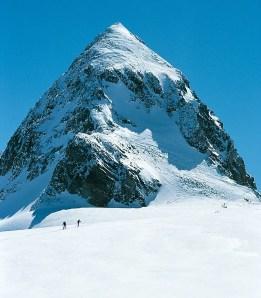 Ein begehrter Gipfel – der Piz Buin; Foto: Rudolf und Siegrun Weiss