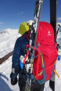 Skibefestigung ist ein Muss für einen soliden Alpin-Rucksack
