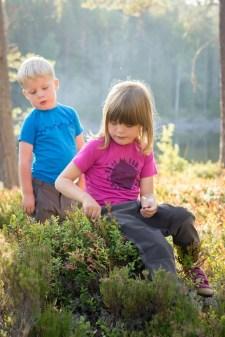 Isbjörn_TencelEarthTee_TrapperPant_outdoor