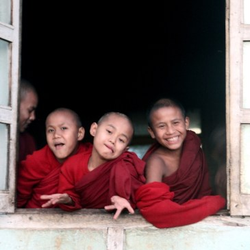 Arm, aber glücklich? Meditationsmekka Myanmar