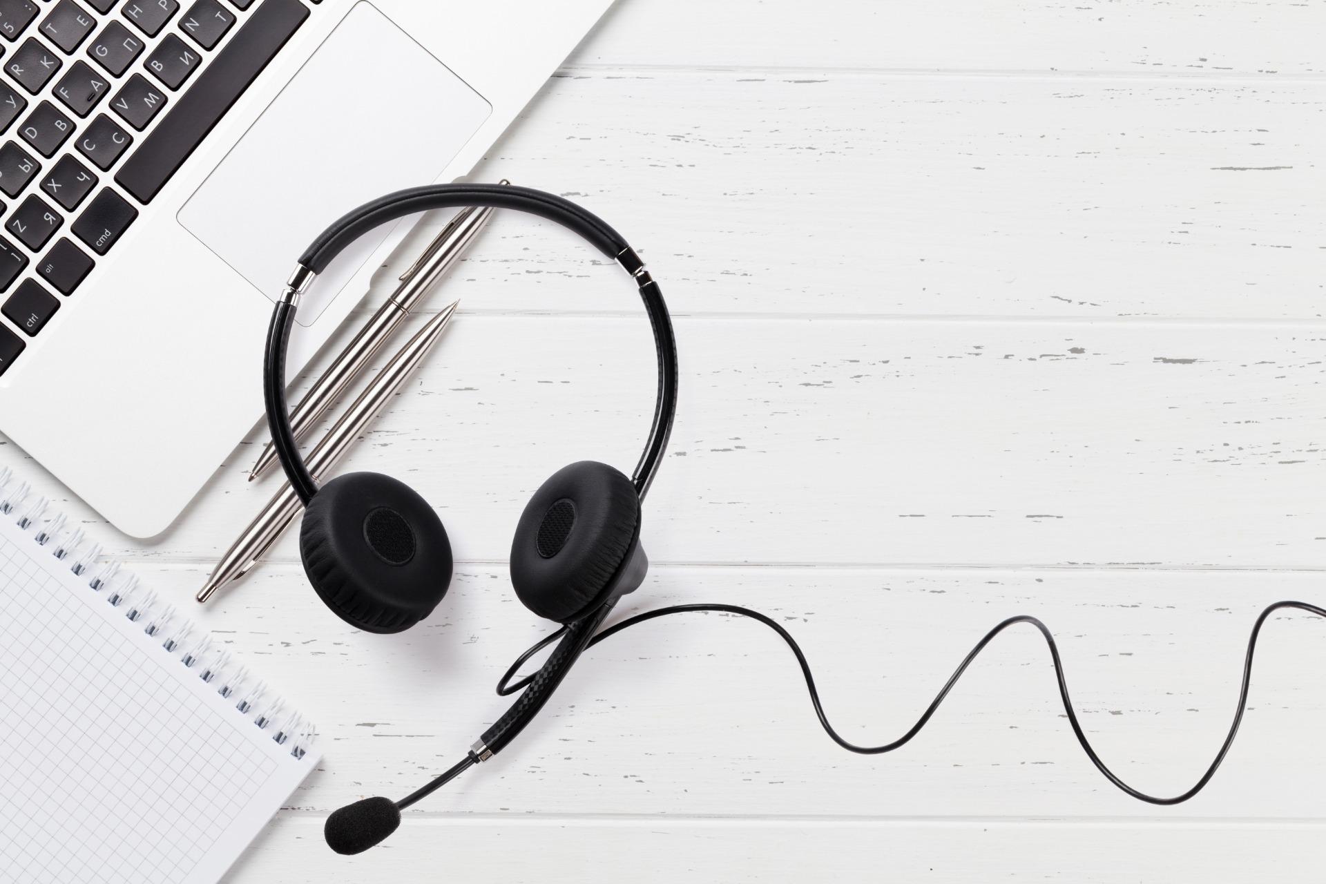 contact, online course, online studeren, webinar, icha, online studeren, onderwijs van thuis uit, thuis leren