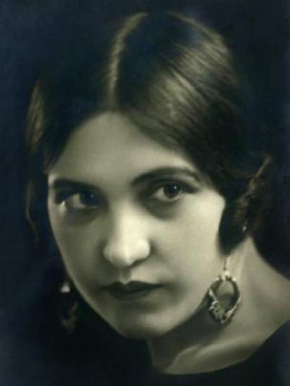 Adelaida Argüelles en su juventud