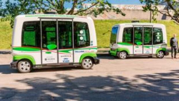 Driverless buses