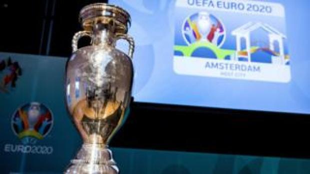 L'UEFA a décidé de délocaliser les quatre matchs de l'Euro-2020 prévus à Bruxelles.