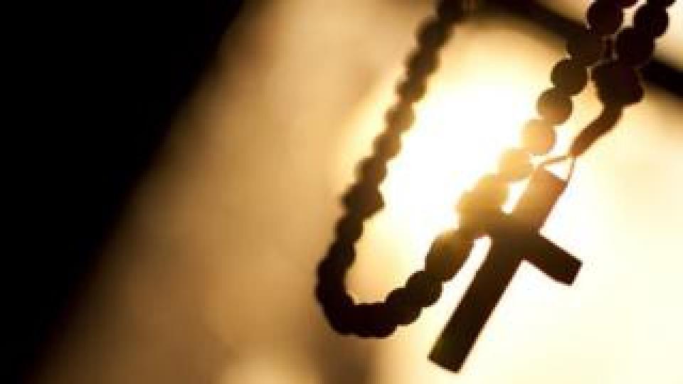 گزارش نهایی درباره آزار جنسی کودکان در کلیساها پایان امسال منتشر میشود