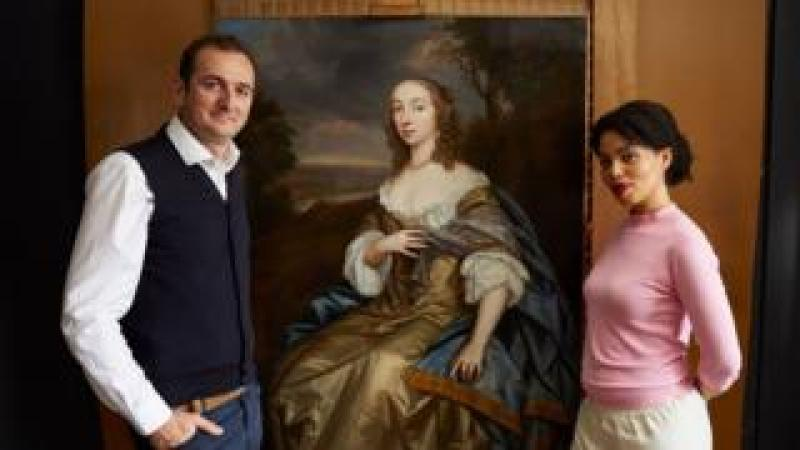 Bendor Grosvenor, Emma Dabiri (L-R) with portrait of Countess of Carbery