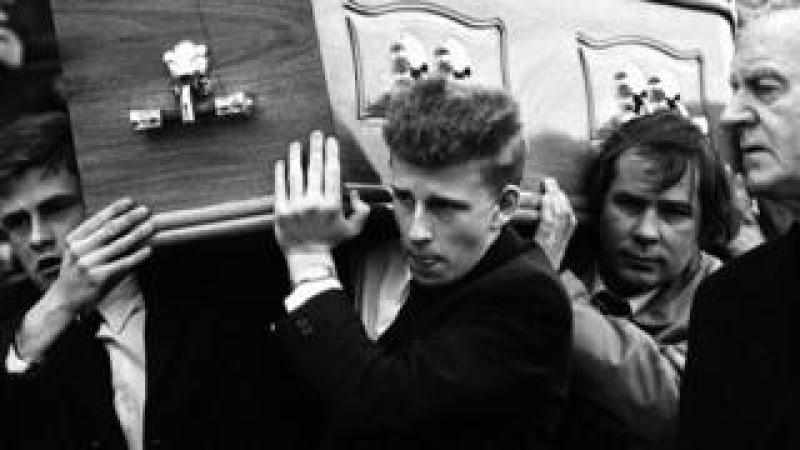 Patrick Kielty carrying his father's coffin in 1988