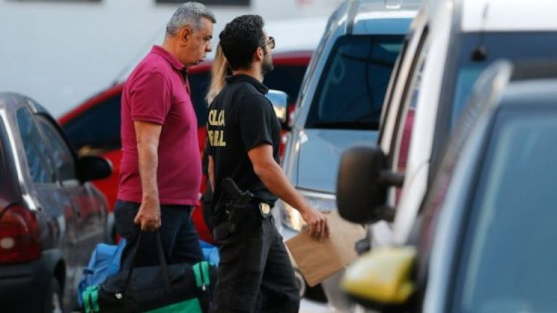 Jorge Picciani sendo preso