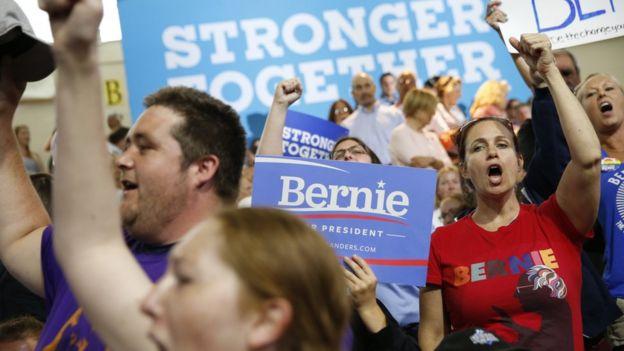 Clinton Sanders campaign event