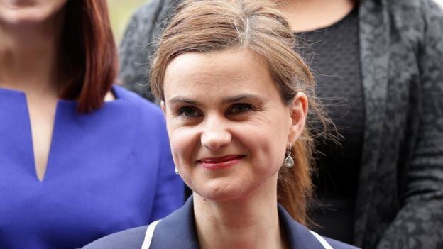 Jo Cox MP with other Labour women MPs