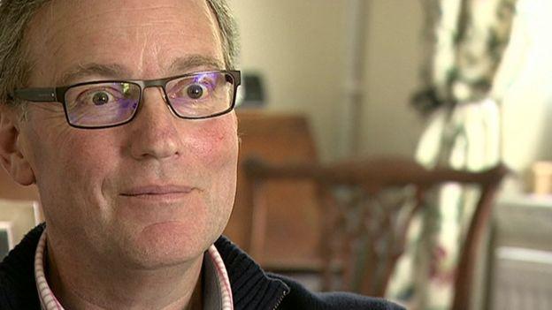 Giles Cooper, enfermo de cáncer de mama
