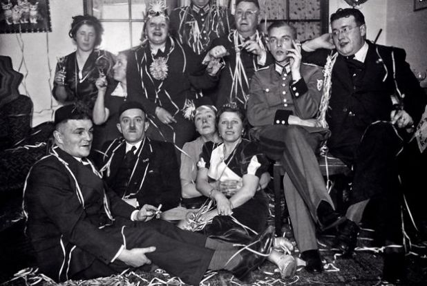 Fiesta de año nuevo de 1938 en la casa de los Niemann