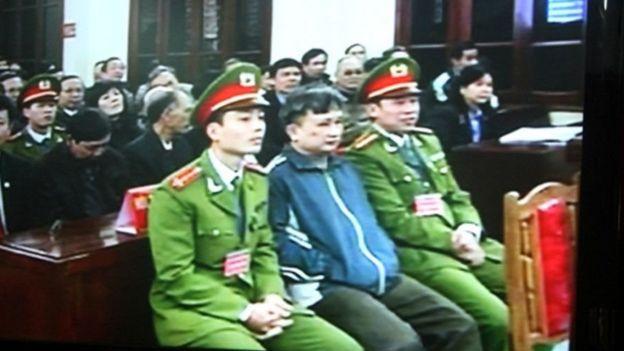 Ông Trần Anh Kim trong phiên tòa 9/2009