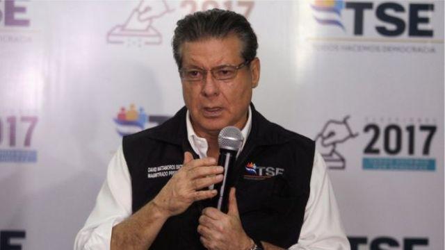 El presidente del TSE, David Matamoros,