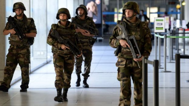 Soldiers on patrol in south-west France on 14 November 2015