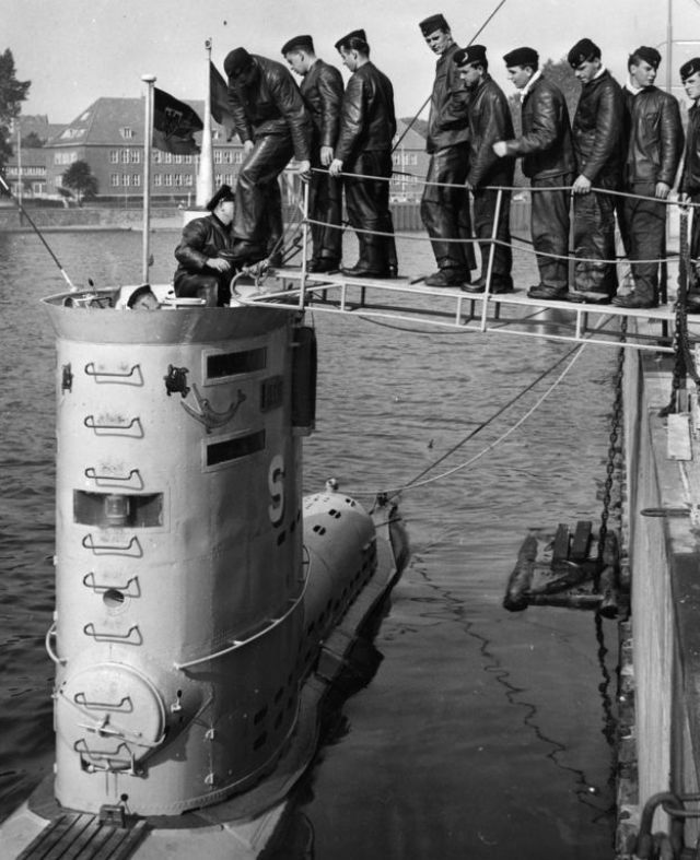 The crew of the U-boat