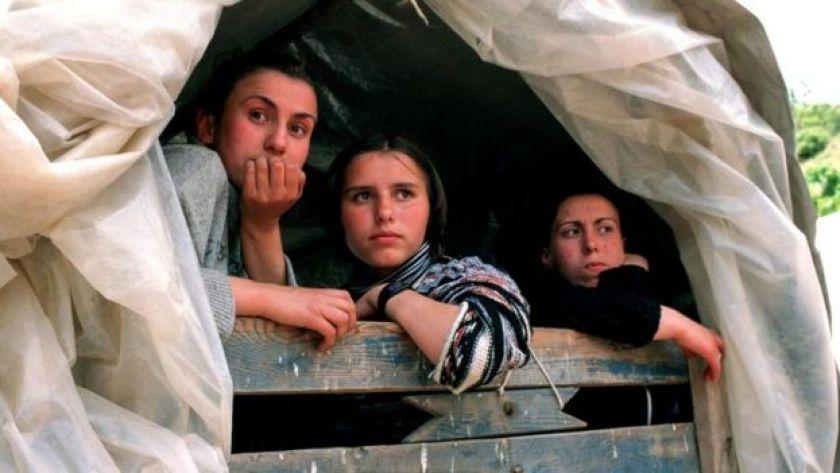 Kamyon kasasında mülteciler