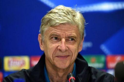 Arsene Wenger ayaa tababare u soo noqday George Weah 1990yadii markaas oo uu u dheeli jiray naadiga Faransiiska ka dhisan ee Monaco