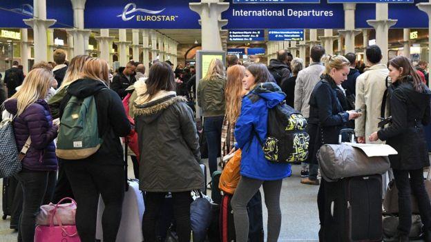 Fila en Eurostar