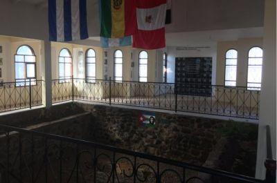Lugar donde encontraron al Che visitado en 2017. (Foto: Luis Velasco/BBC Mundo)
