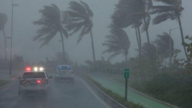 Puerto Rico con fuertes vientos.