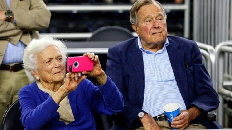 Barbara Bush na mumewe aliyekuwa rais wa Marekani George HW Bush