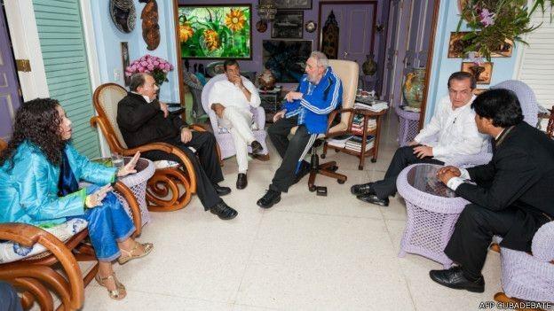 Fidel Castro reunido com outros líderes latino-americanos