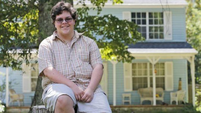 Gavin Grimm en su casa de Gloucester, Virginia