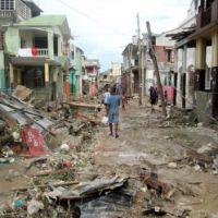 Hurricane Matthew: Haiti storm disaster kills hundreds