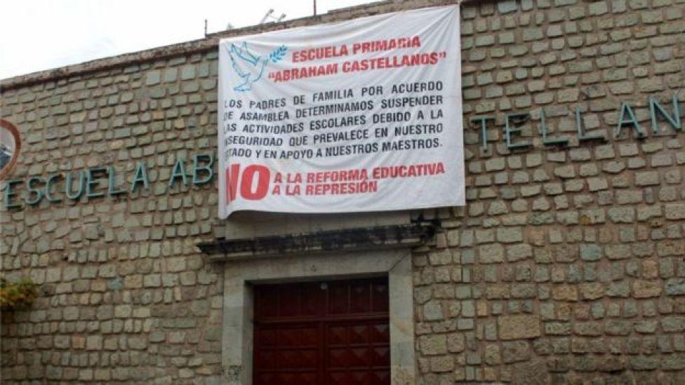 La suspensión de clases en algunos estados afecta al sistema educativo de México.