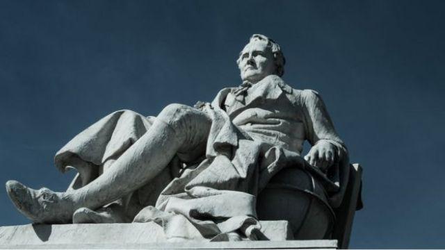 Estatua de Alexander von Humboldt.