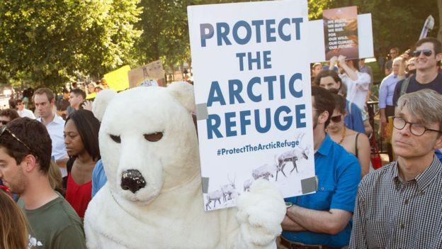 Activistas ambientales en la Casa Blanca.