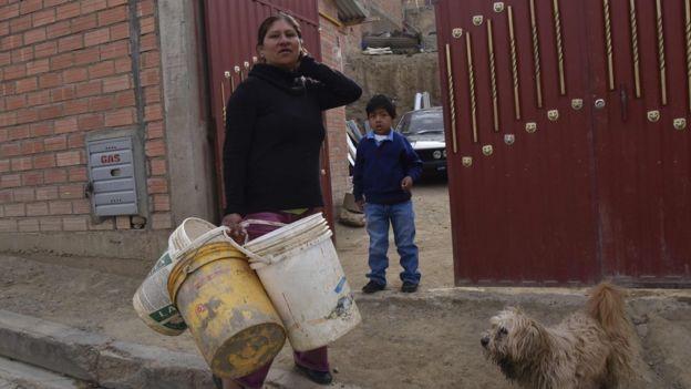 Los expertos señalaron factores climáticos y causas internas como explicación a la crisis del agua en Bolivia.