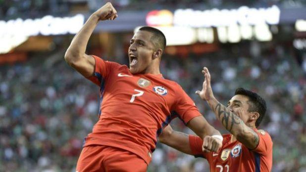 Alexis Sánchez celebra su gol