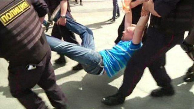 Un activista gay detenido en Grozny